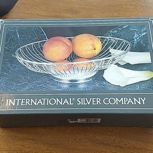 Silver basket by International Silver Co nwt